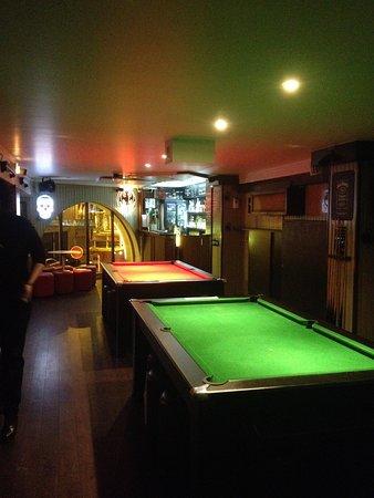 Le Pub St Hilaire: salle étage