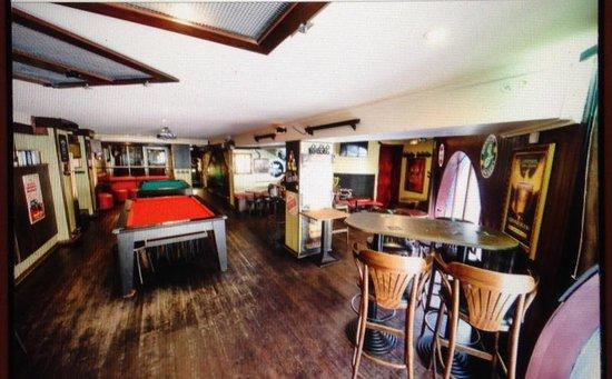 Le Pub St Hilaire: salle à l'etage