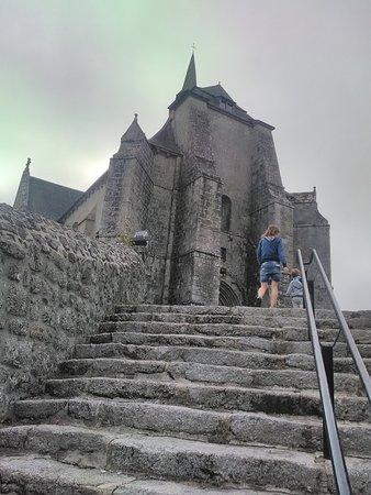 Saint-Angel, France: Prieuré
