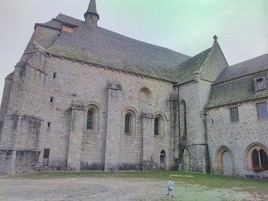 Prieure Saint Michel