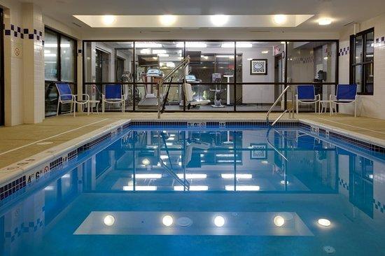 Carlstadt, NJ: Pool