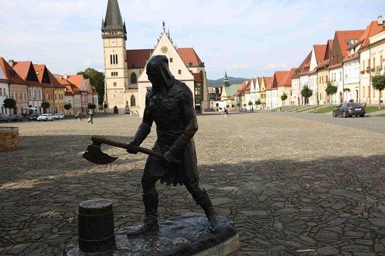 Bronze statue Kata