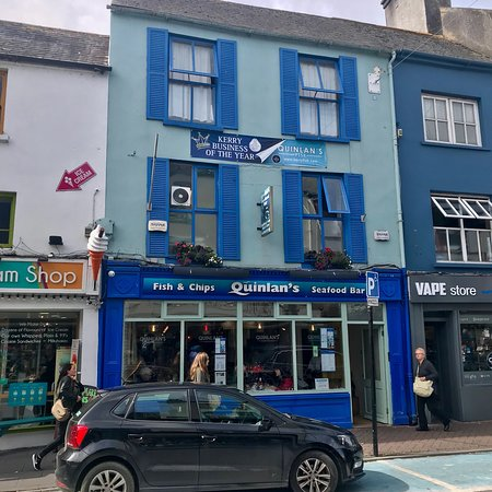 Quinlans Seafood Bar: photo0.jpg