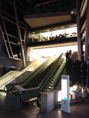 Recoleta Mall: IMG_20180912_190605_large.jpg