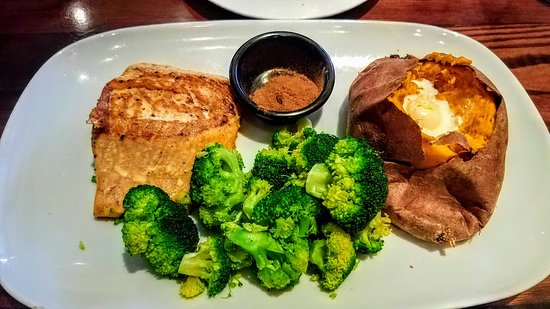 LongHorn Steakhouse: My salmon.