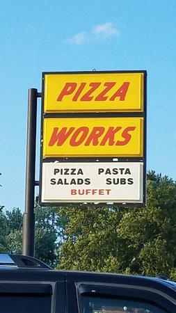 ฮอลต์ซัมมิต, มิสซูรี่: Pizza Works