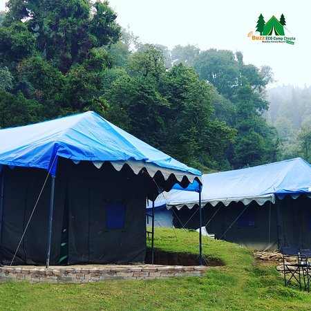 ‪‪Chopta‬, الهند: Family Double Swiss Tent attached bathroom‬