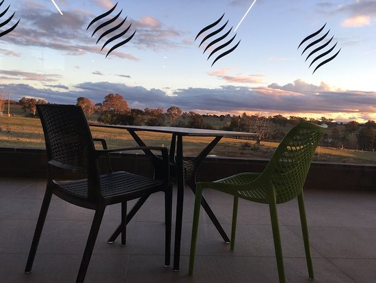 Shaw Vineyard Estate Cellar Door   Enjoy A Glass Of Wine Over Looking The  Vineyard