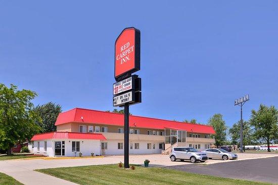 Worthington, MN: Exterior