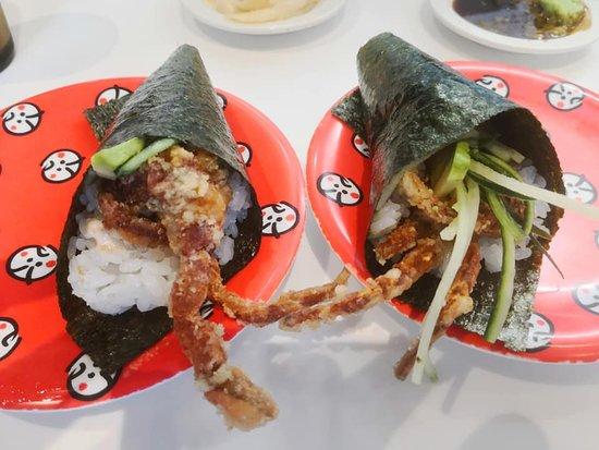 Genki Sushi: soft shell crab hand roll