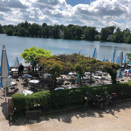 Wessling, Jerman: Simply Beautiful.... Lovely Breakfast