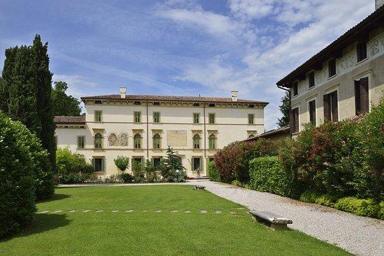 Pedemonte, Italie : Exterior