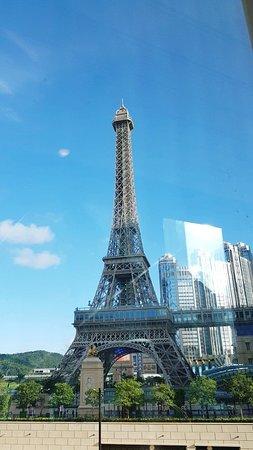 마카오에서 만나는 에펠탑