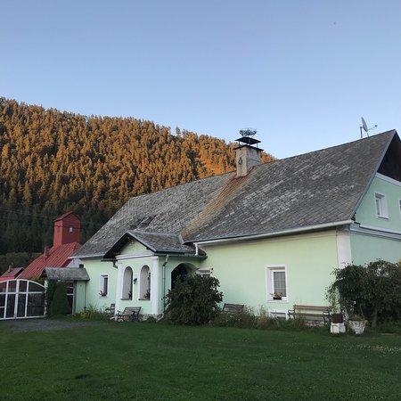 Zemianska Kuria Vachtar