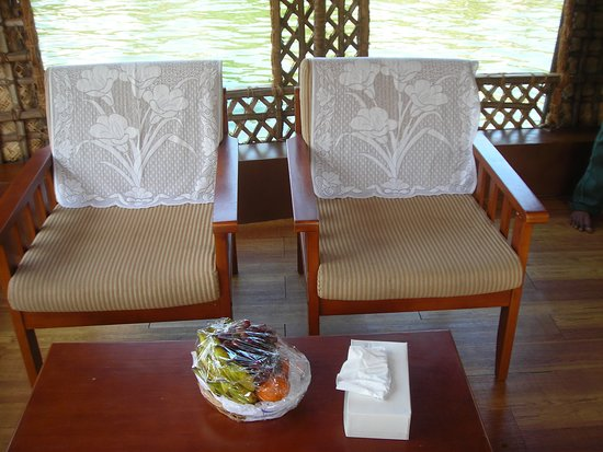 deluxe category houseboat in aleppey backwaters picture of