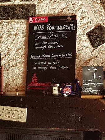 Dans une petite rue le long de l Adour a CAMPAN apres Bagnére de bigorre se  trouve se petit bar