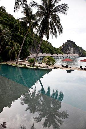 環保且擁有豐富海下景觀的度假村