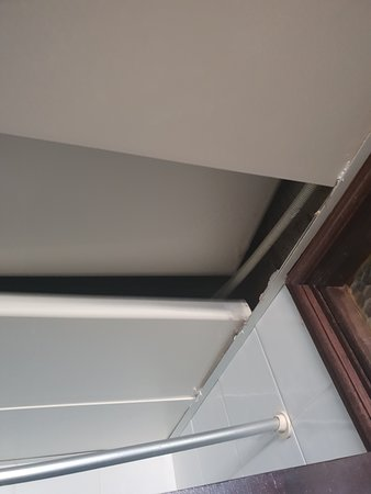 Loose Ceiling Panels