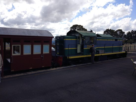 Wallangarra Train