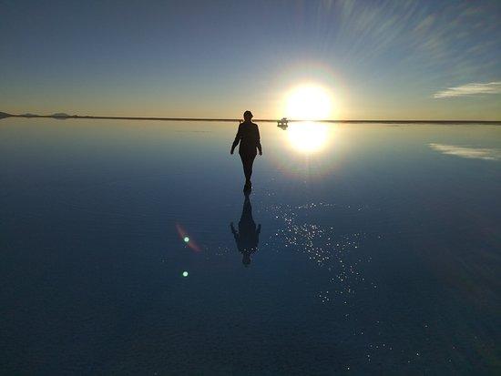 ウユニ塩湖の魅力5つ 観光に行くときの注意点5つ