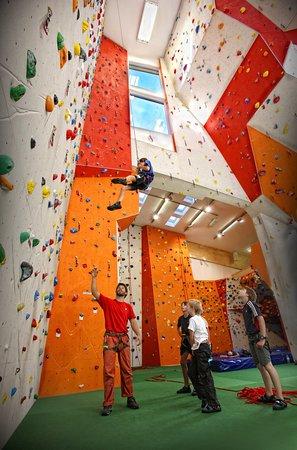 Aschau im Zillertal, Austria: Kletterhalle am Erlebnis Comfort Camping Aufenfeld