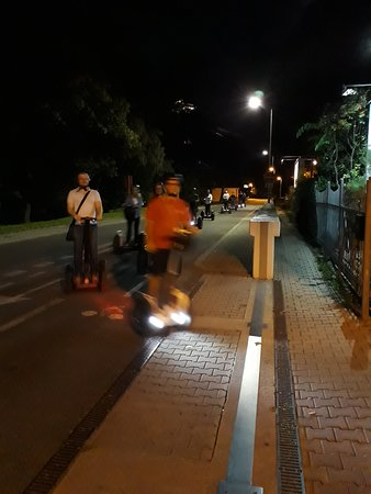 บราติสลาวา, สโลวะเกีย: our night ride
