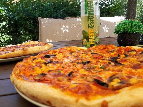 Mor, Венгрия: Wonderful pizza!