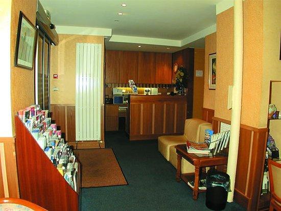 Hotel Elysée Etoile : Lobby