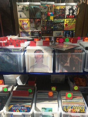 The Greenwich Vintage Market: Vinyl