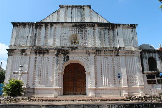 San Vicente, El Salvador: Basílica de Nuestra Señora del Pilar data desde 1769