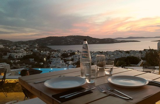 Karavaki Restaurant: magic view.....!!!!!!!!