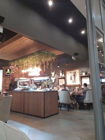 Tindlovu Restaurant