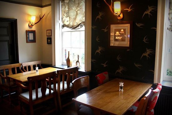 Binfield, UK: The Stag and Hounds - Bar Area