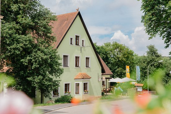 Freudenberg, Tyskland: der Schloßbräu mit Sonnenterrasse