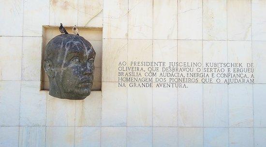 Praca dos Tres Poderes: Musée d'histoire de Brasilia