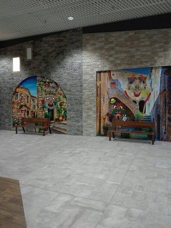 Centro Commerciale Auchan Borgo d'Abruzzo 사진