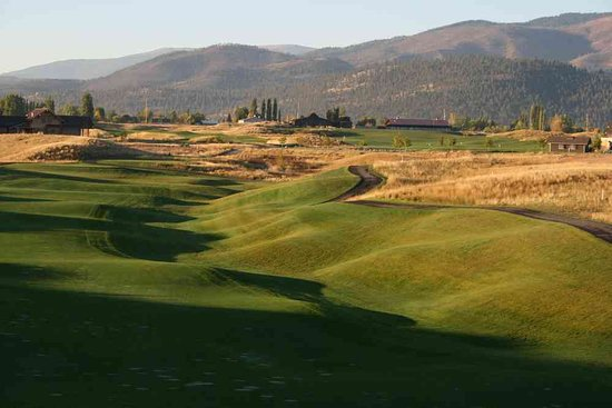 Missoula, Μοντάνα: The Ranch Club offers Golf, a Restaurant and an Event Barn for Weddings, Receptions and more.