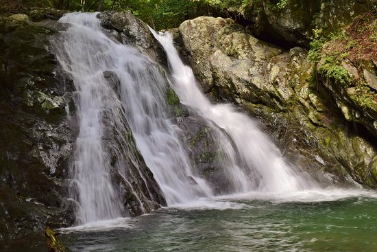 Shenandoah National Park, VA: Lower Cedar Run Falls