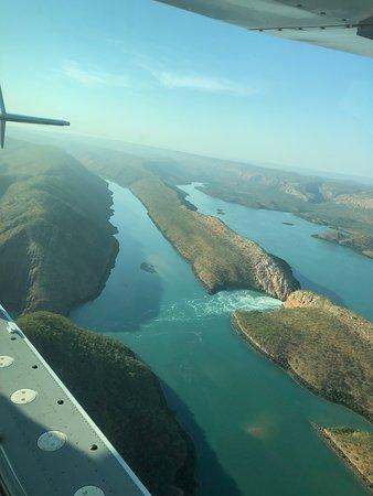 Horizontal Falls Seaplane Adventures: Horizontal Falls