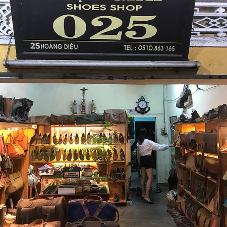 Hieu Giay 25 Shoes Shop