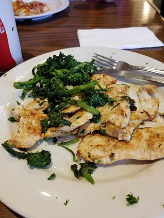 Levittown, PA: chicken and broccoli rabe