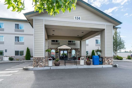 Quality Inn & Suites at Olympic National Park: Hotel near popular attractions