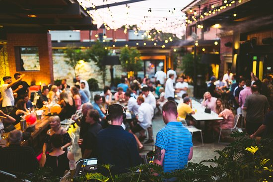 Burnside, Αυστραλία: Voted Australia's Best Beergarden at the Feathers Hotel