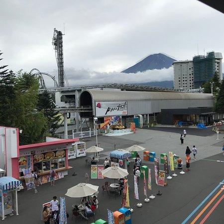 Парк развлечений Fujikyu Highlands