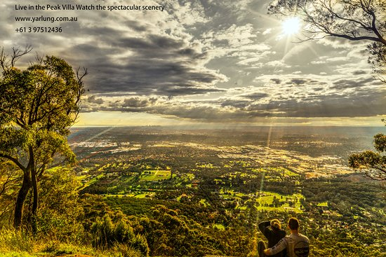 Mount Dandenong, Australia: Bourkes lookout, 15 minutes walk from Observatory Cottages