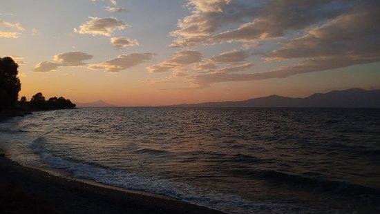 Kalamos, กรีซ: IMG_20180912_192310_large.jpg