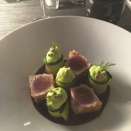 Viroflay, France: Le dressage du thon est magnifique!! Et le goût est au rendez vous