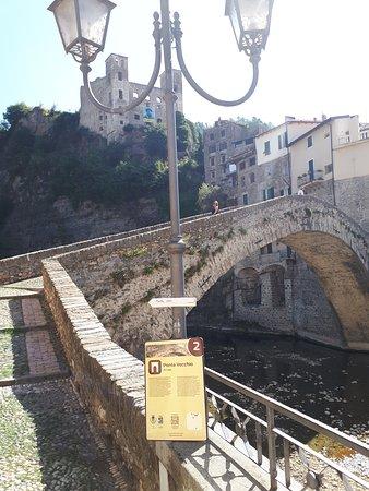 Rocchetta Nervina, อิตาลี: au village