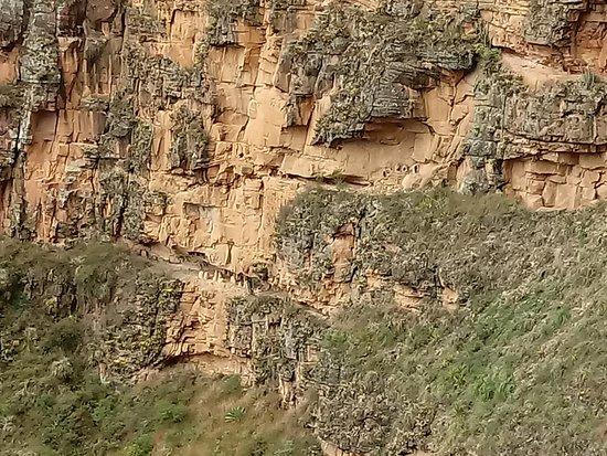 Lamud, Perú: momias en las rocas