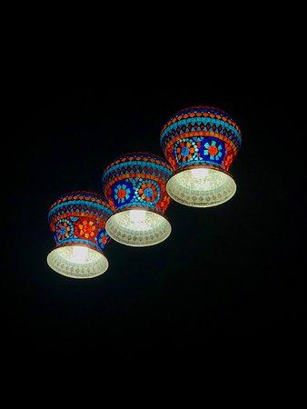 Sandur, الهند: Lamps